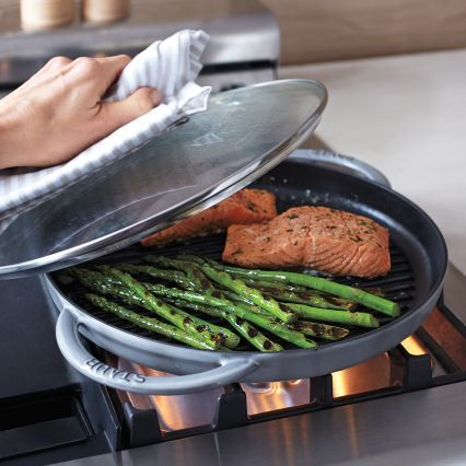 Staub steam grill 12 grilling asparagus and grilled for Pan grilled fish