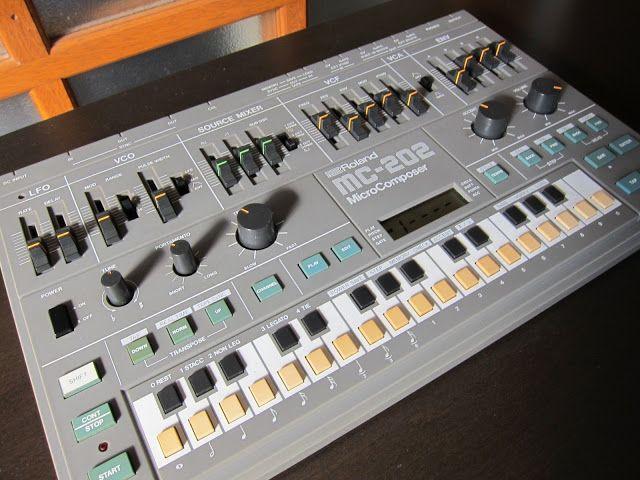 MATRIXSYNTH: Roland MC-202 MicroComposer SN 303600