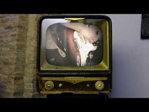 Mom Blaster - Video - Ciò che è giusto (Pop rock, Elettronico)