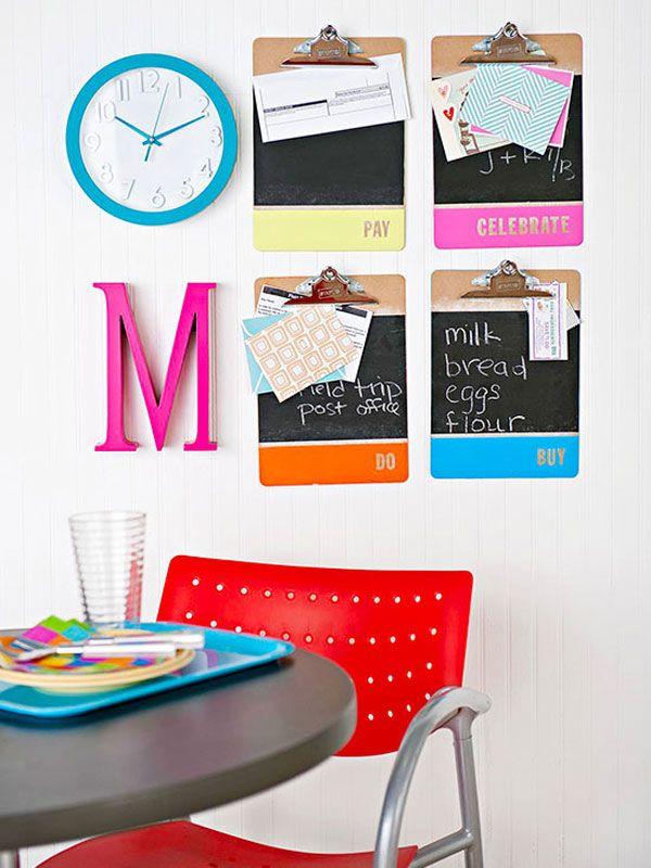Una buena #idea para decorar la #oficina y mantenerla ordenada. ¿Qué te parece?