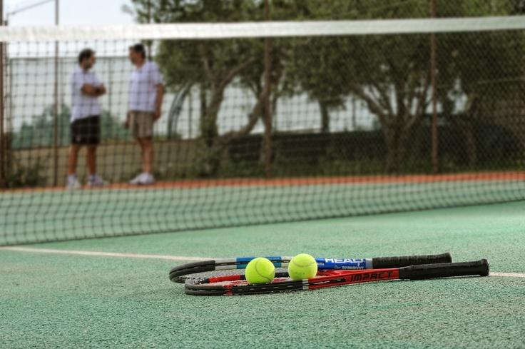 Paradise Island Villas - Tennis Court