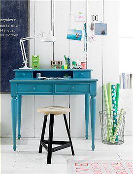 Großartiger, kleiner Arbeitsplatz! Der süße Sekretär hat vier Schubladen, ist aus Mahagoniholz gefertigt, und in den Farben weiß, blau und grau erhältlich.