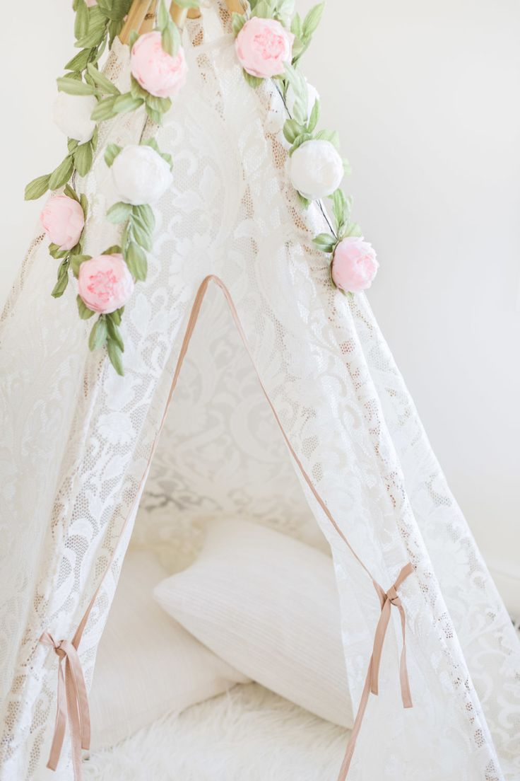Pretty lace teepee: Photography : Alyssa Rosenheck Photography Read More on SMP: http://www.stylemepretty.com/living/2016/07/29/10-tips-for-child-proofing-your-home-without-sacrificing-style/