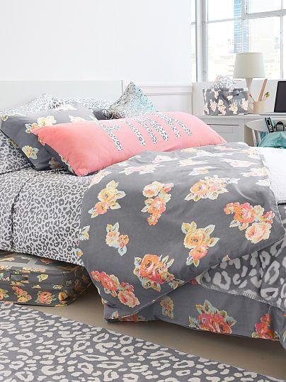 Editorial 2 Dorm Decor Reversible Duvet Vs Pink Dorm Decor Must