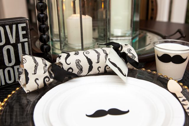 Table at a Mustache Party #mustache #party