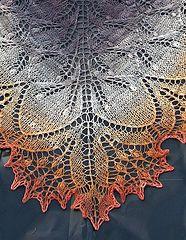 RavelryFREE Aeolian Shawl: Alternative Narrow Edging for Aeolian pattern by Elizabeth Freeman