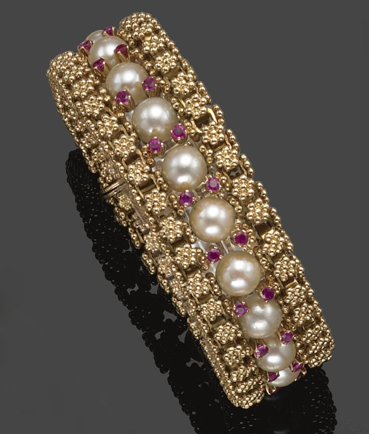 GOLD, CULTURED PEARL AND RUBY BRACELET, VENTRELLA