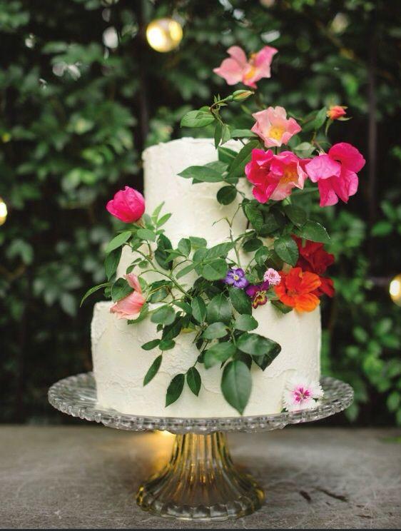 Vintage Bride ~ Gillian Bell Cakes [gillianbellcakes.com.au] ~ [vintagebridemag.com.au] ~ #vintagebride #vintagewedding #vintagebridemagazine