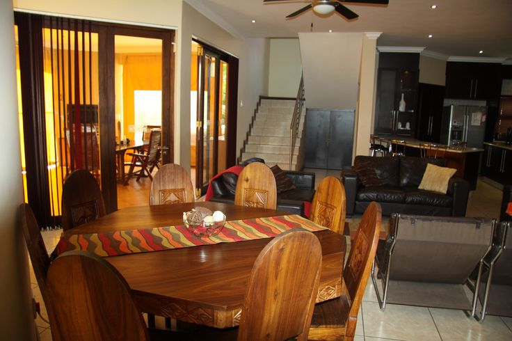 Self Catering Holiday home in Broederstroom.  Eagles Retreat in Hartbeespoort.