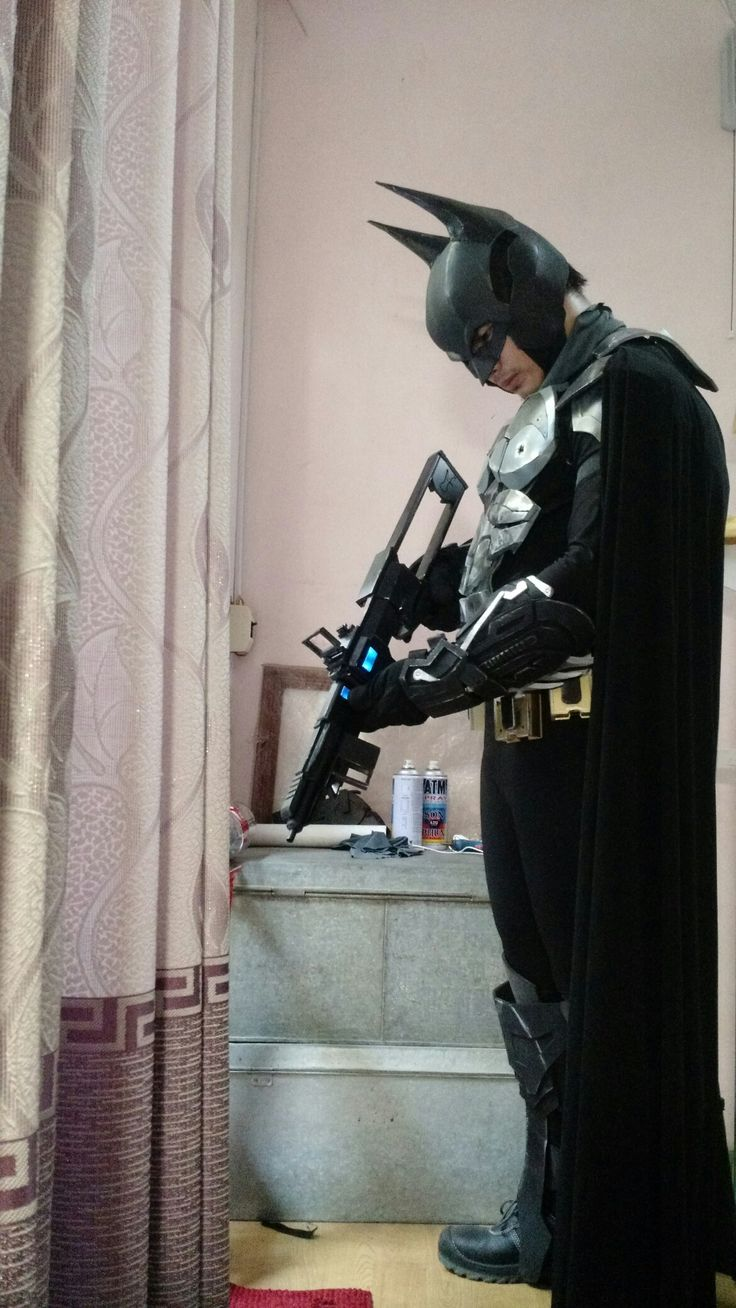 Batman ™ : Arkham Knight  Disruptor gun #batman #batmanarrkham #thedarkknight atman: arkham Knight Wayne Techs #batman #arkham #knight #dark #darkknight #batmanarkhamknight #cosplay #arkhamknight #thedarkknight #darkknight #dc #dccomics #comics #batsuit #suit #bat #wayne #bruce #brucewwayne