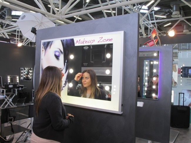 Come allestire lo stand di un make up artist in fiera #MUA #makeupartist