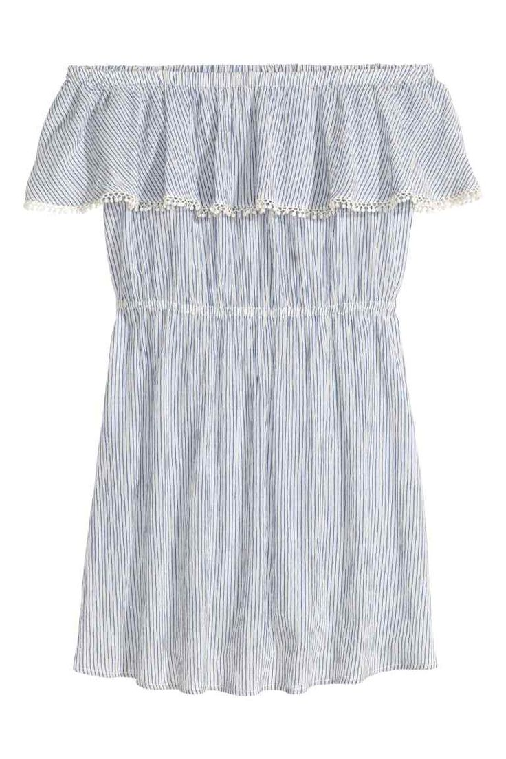 Cotton off-the-shoulder dress: Short dress in crinkled cotton with a flounce with elastication and a lace trim at the top and an elasticated seam at the waist. Unlined.