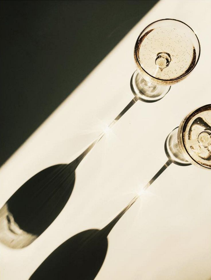 champagne shadows