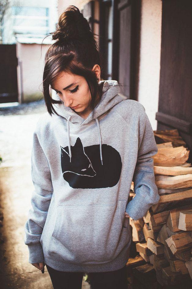 Lässiger Hoodie mit Fuchs, unixex, fürs kuschelige Entspannen nach dem Training. Geschenke kaufen von ilovemixtapes via DaWanda.com