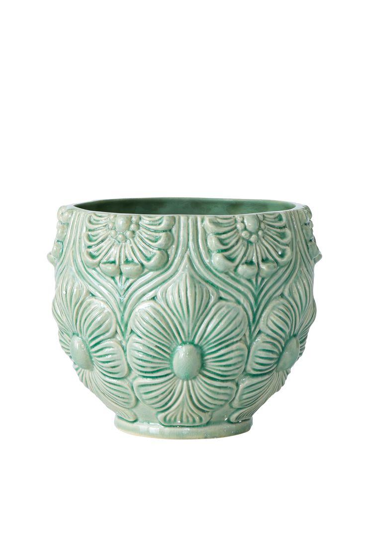Vacker kruka i glaserad keramik med reliefmönster. Ø 20 cm. Höjd 16 cm. Små variationer i färg och storlek kan förekomma.