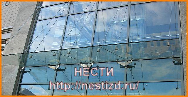 козырек на металлической основе с стеклянным покрытием