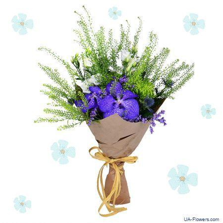 """Tricolored"" bouquet"