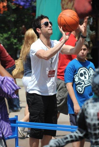 Cesc Fabregas. he's basketball players too. damn i love u !!