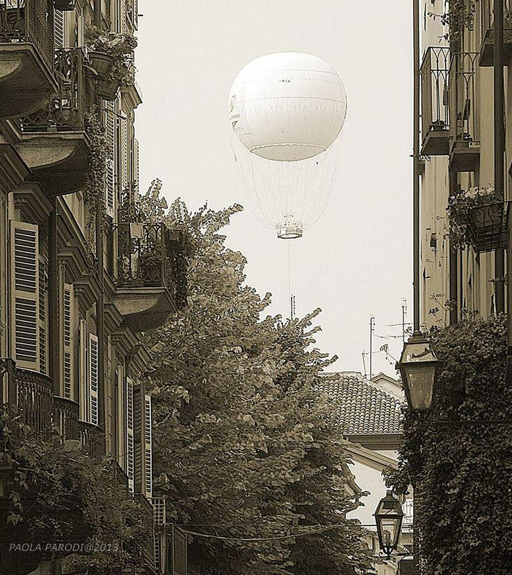 Torino via bellezia e la mongolfiera di piazza borgo dora for Borgo dora torino