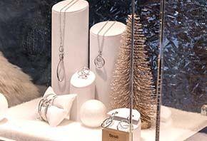 Espositori per gioielleria - Espositori per bigiotteria - Vetrine per gioielleria