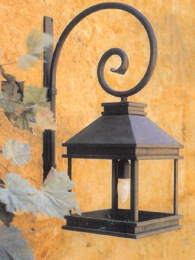 Lámpara Farol con pescante. 76x37x25cm - Venta de Forja