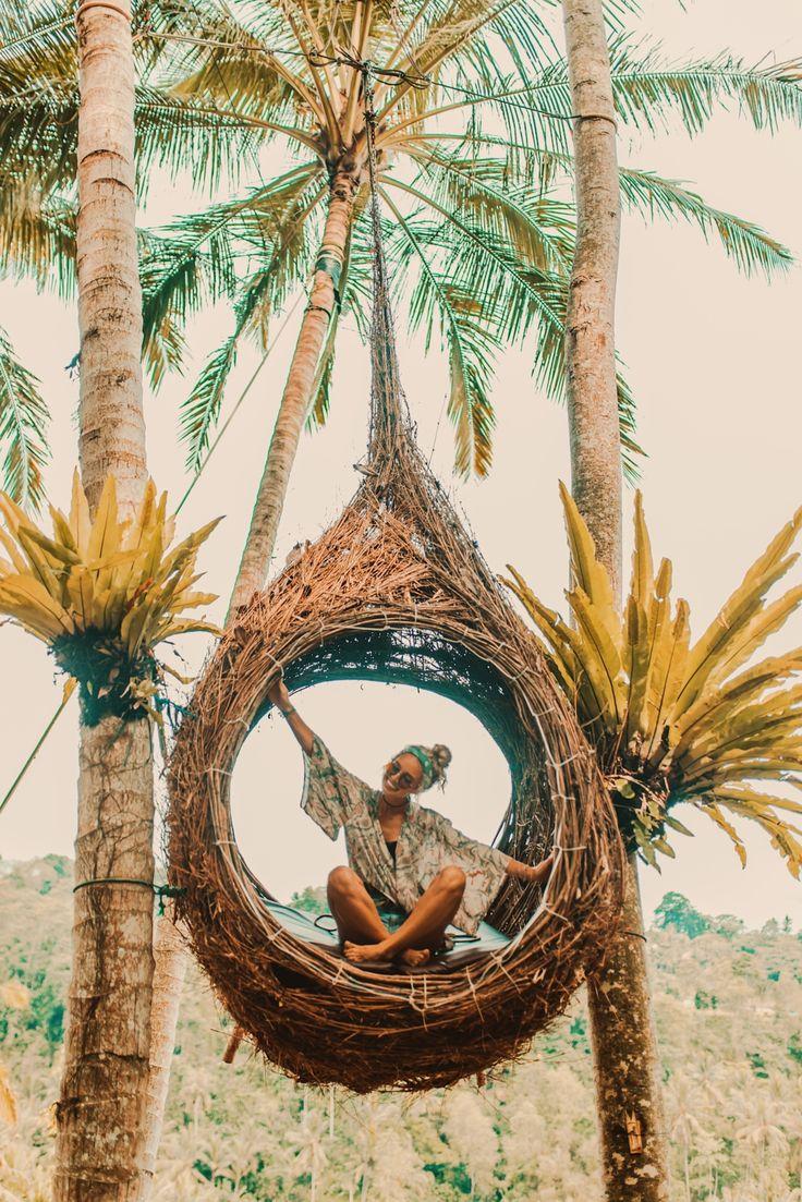 VIDA Tote Bag - Palm Trees and Beach Fun by VIDA jS3CK8e7
