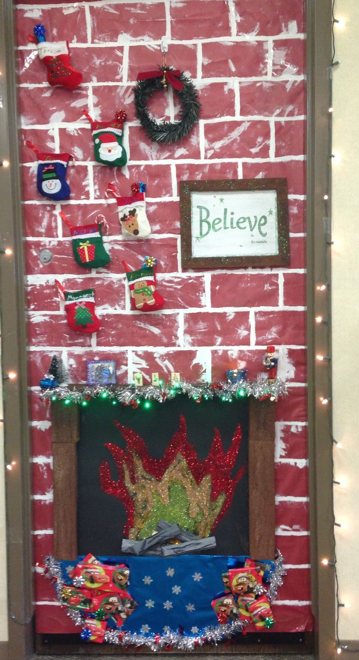 26 best images about christmas ideas on pinterest floral for Decorating bulletin boards for work