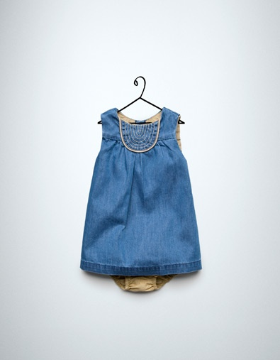 Denim dress with stitching / Vestido denim con pespuntes
