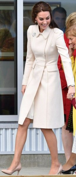 1 October 2016 Cream Catherine Walker Double-Breasted Coat