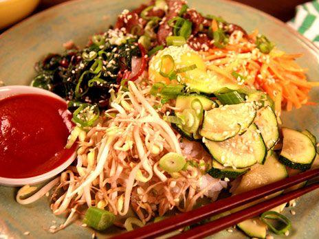 Bibimbap på sushiris med zucchini | Recept.nu