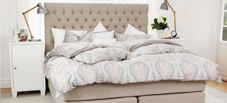 Englesson sovrum | Sängramar, gavlar, sängbord, byråer, garderober
