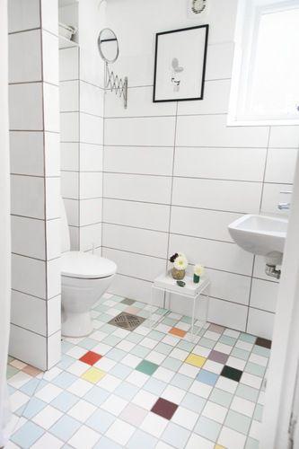 At the home of artist Anne Bundgaard - Boligmagasinet #tiles