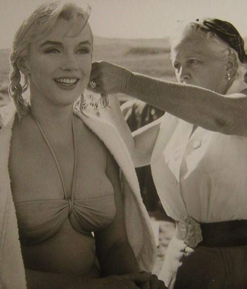 """Marilyn Monroe on the set of The Misfits (1961, dir. John Huston)  """"She's American and it's very clear that she is. She's very good that way - one has to be very local to be universal.""""  -Henri Cartier-Bresson on Marilyn Monroe, quoted in James Goode's The Making of the Misfits"""