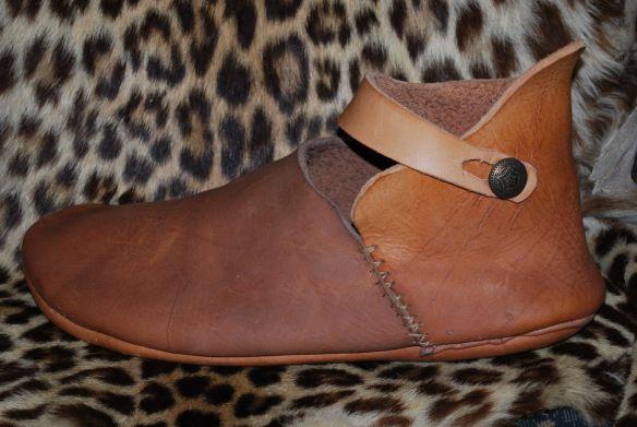 Iron Age shoe, uitzoeken hoe het origineel er uit zag...