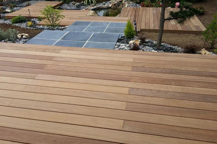 création de terrasse pierre et bois