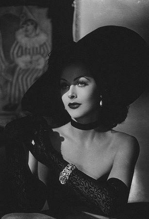 Hedy Lamarr (November 9, 1913 - January 19, 2000) circa 1943. age 30 #actor