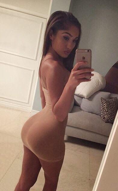 cute spanish girl yoga pants