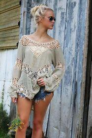 Оригинальная пляжная блуза с открытой спиной и кружевными вставками