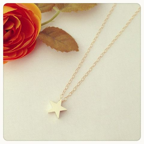 cute simple necklaces on this site