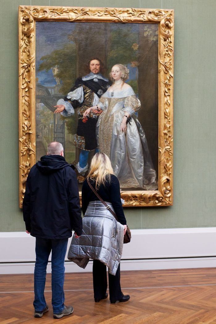 Photographer Stefan Draschan Goes Through The Museums To Capture The Similarities Between The Paintings And The Visitors