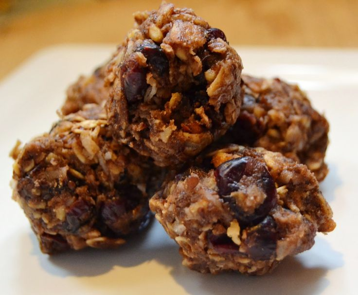 Energy Bites Snack- high in protein, omega 3 and fiber. Quick to make ...