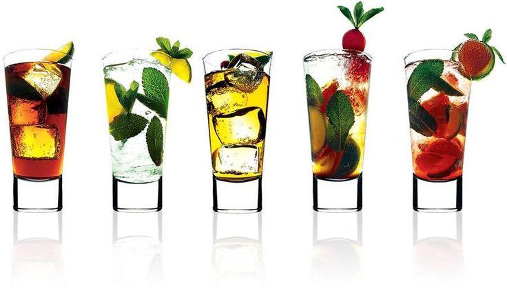 Vestiti, vino, chiacchiere, spritz, cibo, musica ed anche cocktail. Durante la presentazione avrai a tua disposizione tutto questo.