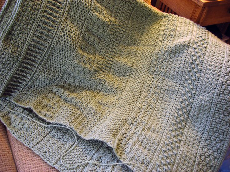 Afghan Throws Knitting Patterns : 33 best Crochet Afghans images on Pinterest Crochet afghans, Crochet blanke...