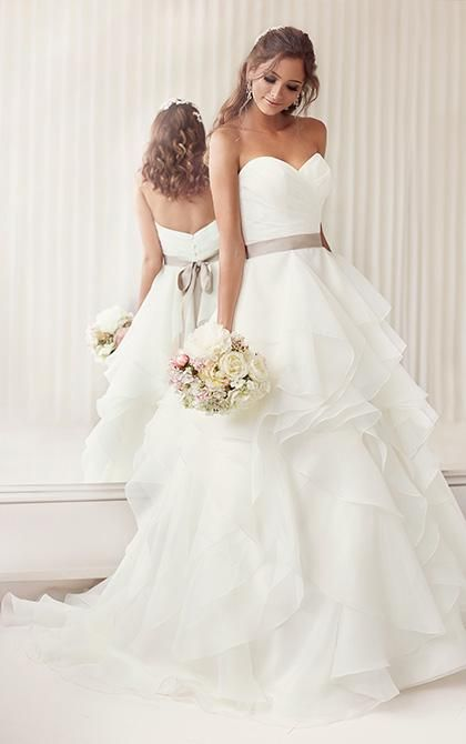 Vera Wang Wedding Gowns 2015 A Line Sweetheart Wedding Dresses Designer V Neck Backless Plus Size Sash Ribbon Wedding Dresses 2015 Summer Bridal Gowns New Arrival Sexy Wedding Gowns From Ebelz003, $217.81| Dhgate.Com