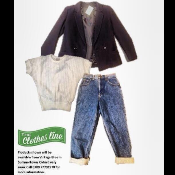 Autumn tailoring must have: navy wool blazer. Instant new season wardrobe update.