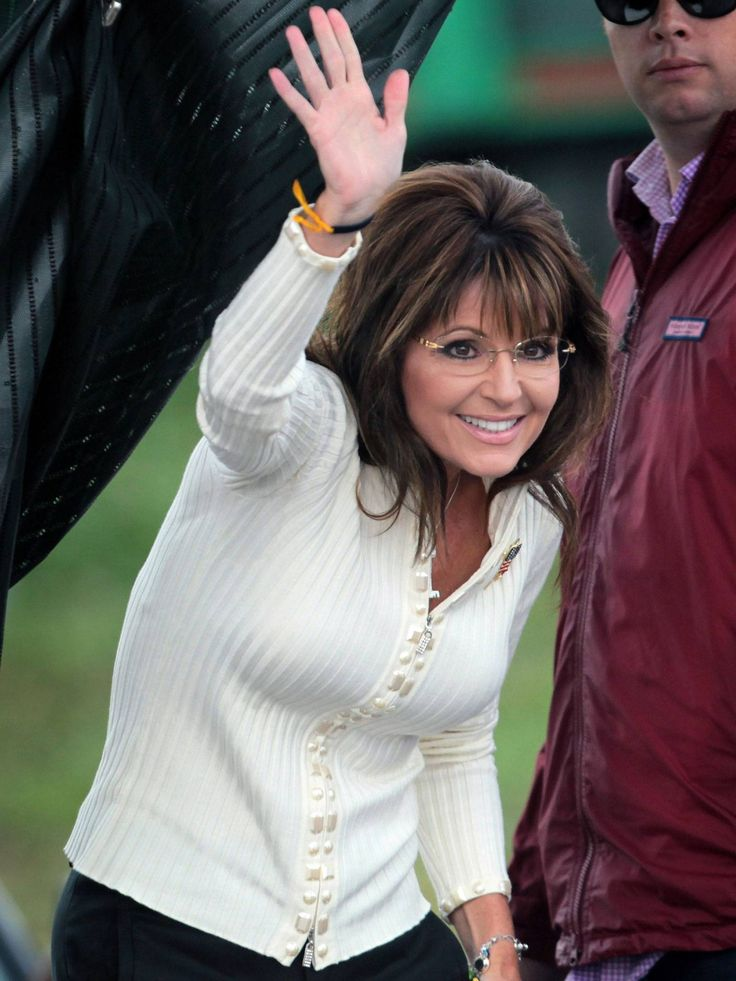 Sarah Palin fears 'liberal' Pope Francis being influenced by the 'sneering media' - News - The Independent