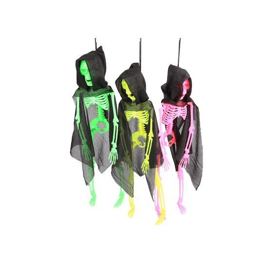 Hangend neon skelet in cape 41 cm. Halloween decoratie skelet, in verschillende neon kleuren. Dit hangende skelet heeft een zwarte cape aan en is ongeveer 9 x 6 x 41 cm groot.
