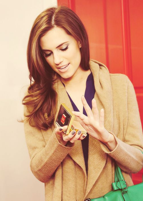 She's perfect! Love her. #allisonwilliams #girls