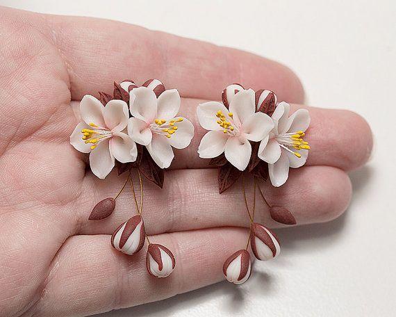 Aretes de flor de cerezo. Pendientes colgantes. Pendientes