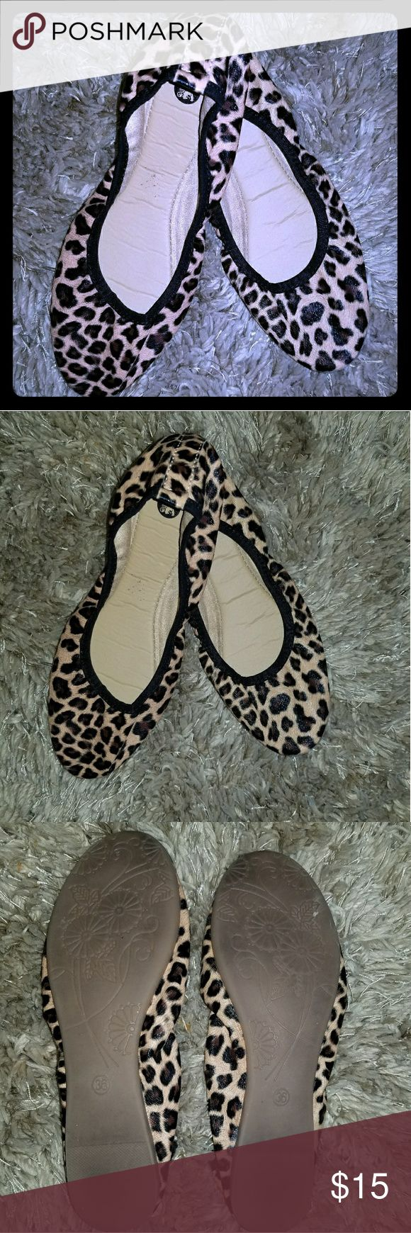 Leopard Print Ballet Flats Caribbean Cartel slip on ballet slippers. In excellent condition. Only worn once. Known for comfort with style! Leopard Print design. Woman's size 6.  Woman's fashion, shoes, casual, junior's, slippers, spring, summer, animal print, cheetah print, jungle, cat, brown, black, tan, cream, light brown, chocolate, camel, nude   BUNDLE AND SAVE Caribbean Cartel Shoes Flats & Loafers